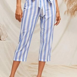 High waisted belted striped capris